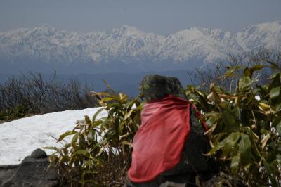 連休後半、速攻で雪の飯綱山へウォーキング