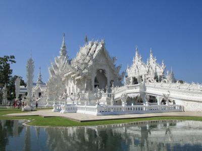 【2020年タイ】少し遅いお正月休みはチェンライ1/4 白い寺院に行ってきた編