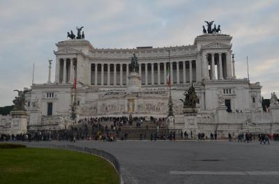 久々のパックツアーでイタリア旅行に行ってきました。 ローマ編①