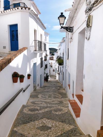 ◆スペイン一人旅◆⑤かわいすぎる白い村フリヒリアナ