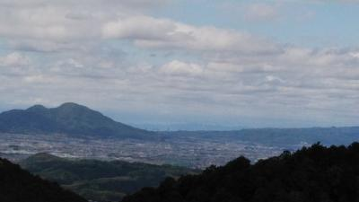 お家で過ごそう  その2 ('-'*)♪高取山を散歩