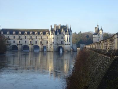 ③魅力のフランスパリ・モンサンミッシェル に飛びついて  ロワールの古城めぐり 編