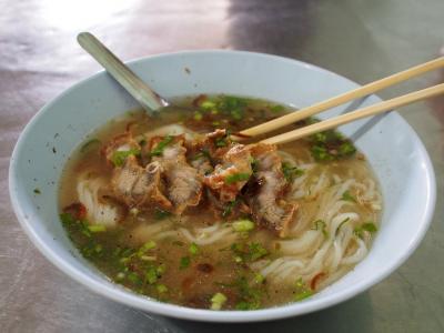 ■ Khao Piak Nang Noy / Savannakhetの昼ごはん