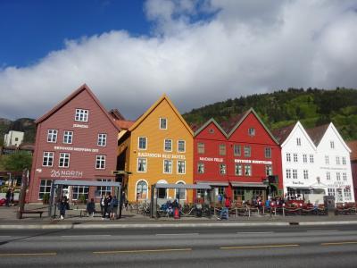 混乱の10連休、北欧の美しい自然と街巡りの旅:スウェーデン、ノルウェー旅行【20】(2019年GW5日目 ⑥ カラフル、ブリッゲン)