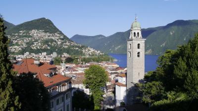 スイス 鉄道でぐるっと一回り17日間 (11)ベルニナバスでルガーノへ ルガーノ散策