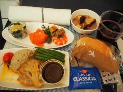 年越し台北①お正月だもの奮発!!ANA有料機内食を食べて台北へ