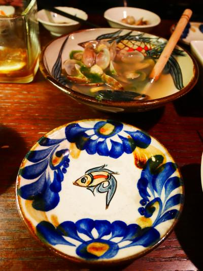 2019年3月の、沖縄旅 その1.やちむんと沖縄料理。