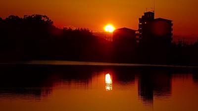 安倉上池へフラワームーンと日の出の撮影 旧デジカメ編 下巻。
