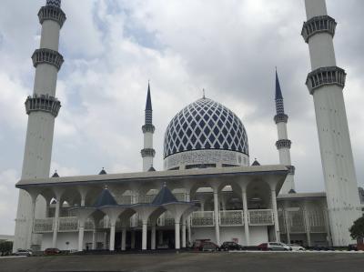 友達に会いにマレーシアへ 4日目5日目 ブルーモスク、パトゥ洞窟