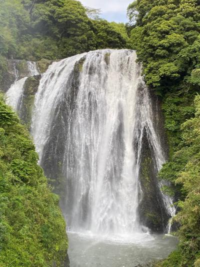 豪雨のあとの龍門滝