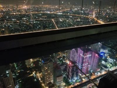 超高層展望台マハナコンタワー❗