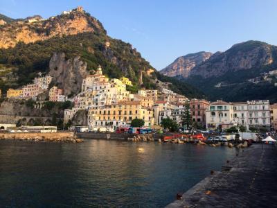 夏の南イタリア一人旅-2 アマルフィとカプリ島青の洞窟