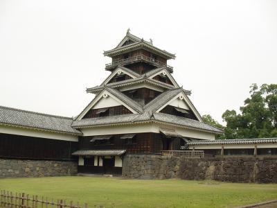熊本城宇土櫓と馬刺し