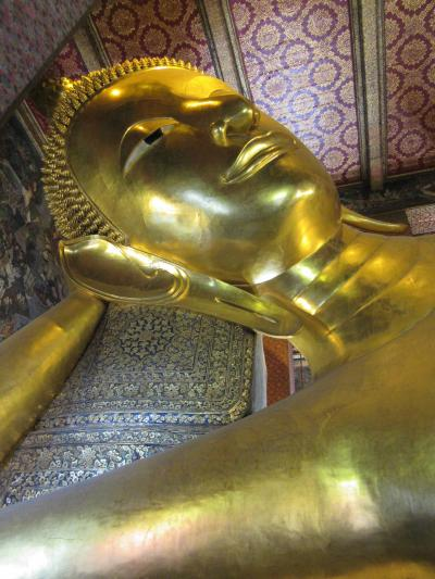 タイ4大王朝縦断の旅② バンコクの巨大涅槃仏「ワット・ポー」 & 「COCAレストラン」のタイスキ