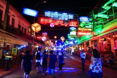 夏旅カンボジア★約20年ぶり 随分変わっちゃったな~ おしゃれなレストランでクメール料理 ~チャンレイ ツリー・ブルー パンプキン~