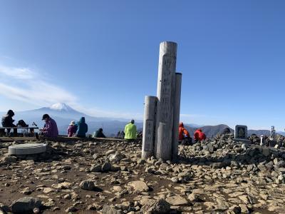 初冬の塔ノ岳登山