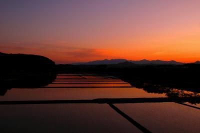 ◆奥の細道~夕映えの水鏡田