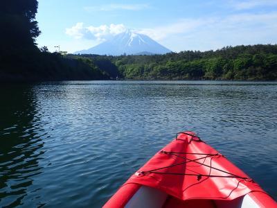 精進湖・本栖湖でカヤックを楽しみました。