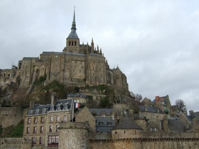 城壁をそなえた街を巡った旅の記憶を、この時期だからこそ辿ってみた。