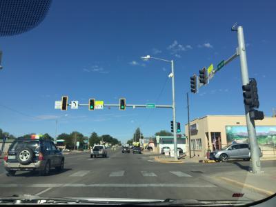 コロラド州 コルテス ー メインストリートをドライブ