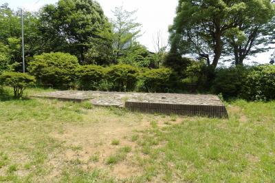神奈川県戦没者慰霊堂外苑(横浜市港南区最戸2)