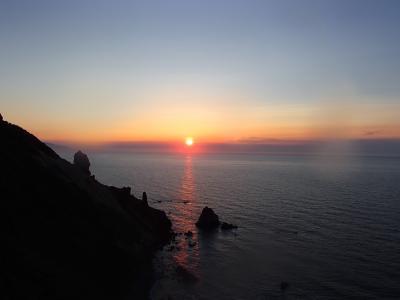 『ホテルノイシュロス小樽』からの夕日&『炉ばた屋・鶴吉』での夕食◆peachで行く小樽・札幌・安平町《その4》