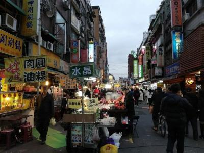 弾丸台湾2001  「結果的に今年最後の海外旅行となるかもしれません。」  ~台北~