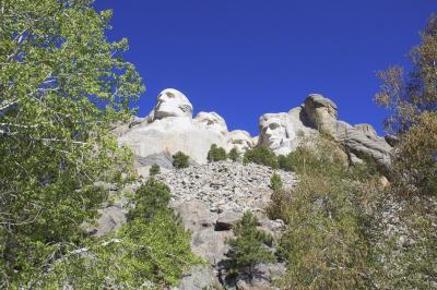ソーシャルディスタンスを保ってアメリカ西部をドライブ旅行⑥ラシュモア山国立記念公園