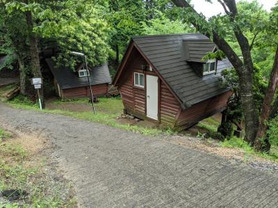 極狭珍道・大雨の星居山森林公園 子連れバンガロー宿泊