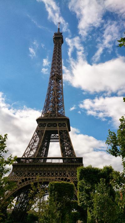 気持ち良く晴れたパリとブリュッセル