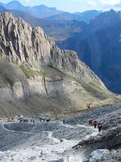 フランスからスペイン ローランの裂け目を目指すハイキング