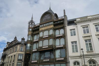 ブリュッセルの街歩き! 芸術の丘にある楽器博物館に古いピアノが‥‥。