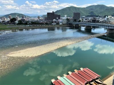 梅雨の晴れ間に近くて遠かった長良川温泉へ♪お宿は創業160年の老舗旅館十八楼です('∀'r
