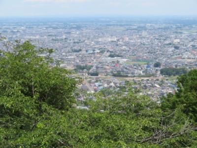 栃木太平山(栃木駅から歩いてあじさい坂を上り太平山神社・山頂)へ
