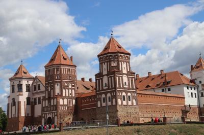 2019年ベラルーシとモスクワ旅行3日目(1)参加者1人のVIPツアーで世界遺産の城めぐり(前編)ゴシックからルネサンス様式の中世のミール城