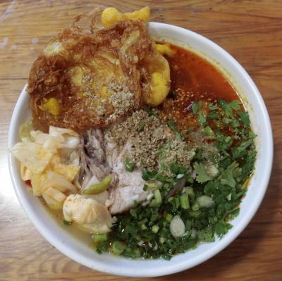2019年 5月 中国・大理 トロットロの豚角煮がたまらない巍山扒肉饵丝食べ比べ!