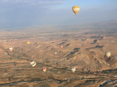 2018年トルコツアー9日間、大空に舞い上がる気球。天空から見るカッパドキア⑤前半。