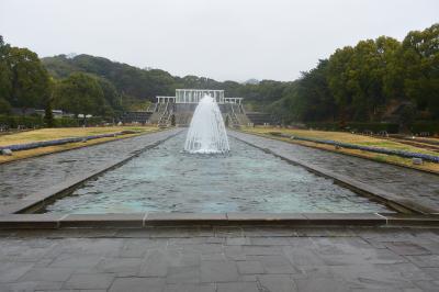 神戸の別荘地の面影を残す須磨へ。