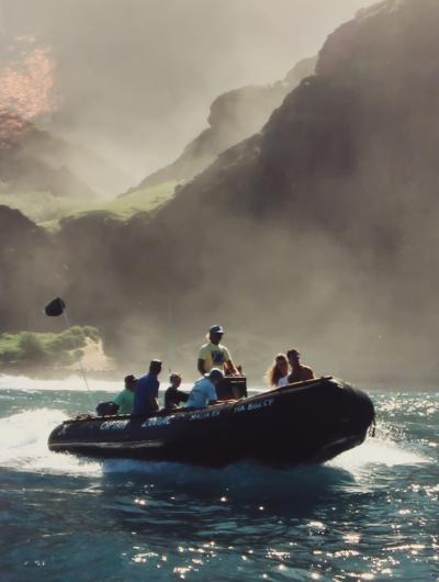 カウアイ島-2 1995/7 絶壁の秘境 ナ・パリ・コースト州立公園 ☆ゾディアック-ボートツアーで