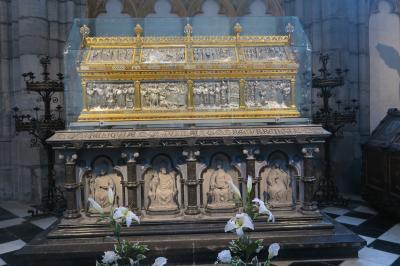 ヨーロッパ交易の中継地リェージュ11. 聖ポール大聖堂の宝物殿~聖ランベールの厨子を探して~