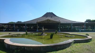 ジャワの休日(5) 古都スラカルタのマンクヌガラン王宮