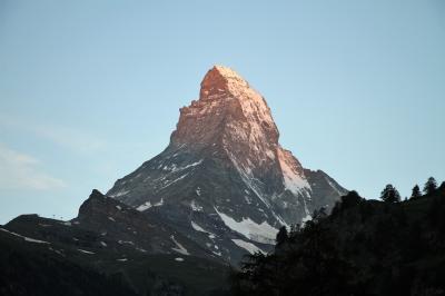 アルプス5大名峰と絶景列車の旅 18 朝焼けのマッターホルンが見れました