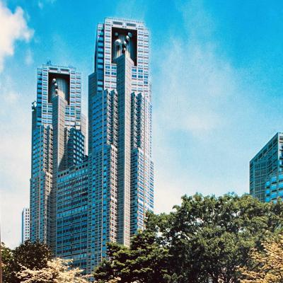 GO TO 東京都庁!テスラ充電無料、展望台も無料、しかもガラガラ