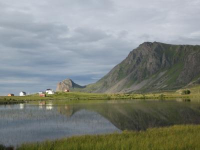 ベステローデン諸島(Vesterålen)をドライブ、テント泊とアパート泊