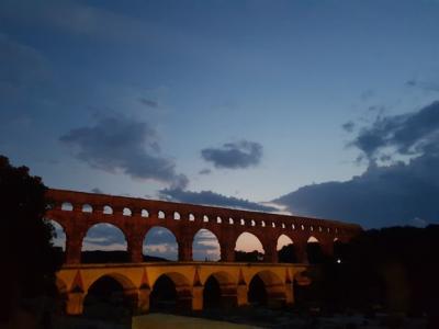 南フランスローマ遺跡 水道橋のライトアップショー