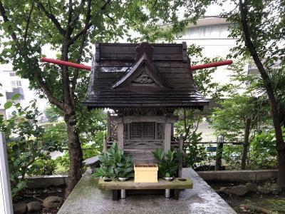 飛行機に乗るならお参りしましょう、所澤神明社の所沢航空神社