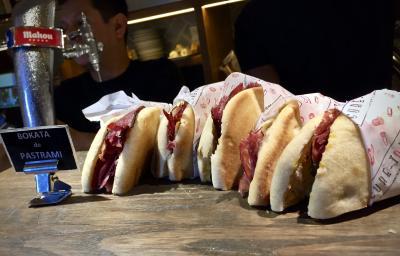 美食の街:バスク地方を巡るBARで「ほろ酔いグルメツアー」(グッゲンハイム美術館等/ビルバオ/31年ぶりのスペイン)