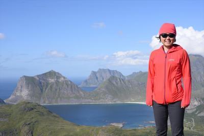ロフォーテン諸島でハイキング【Offersøykammen、Volandstinden、Reinebringen】