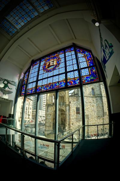 美食の街:バスク地方を巡るBARで「ほろ酔いグルメツアー」(ピンチョス巡りとリベラ市場/ビルバオ/31年ぶりのスペイン)