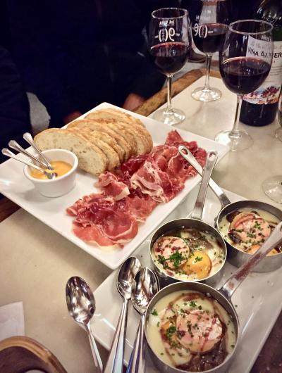 美食の街:バスク地方を巡るBARで「ほろ酔いグルメツアー」(ピンチョス巡り 夜編/ビルバオ/31年ぶりのスペイン)